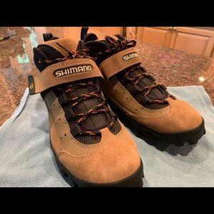 Shimano SH-MO57 cycling boots